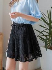 滿版蕾絲雕花鬆緊綁帶短褲裙