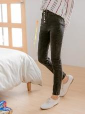 高腰抽鬚排釦設計牛仔窄管褲