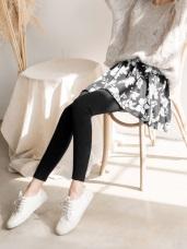 黑白花瓣印優雅彈性內搭褲裙