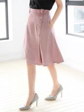 側襬打褶設計造型腰帶光澤感純色A字中長裙.2色