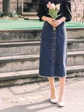 高含棉經典牛仔口袋造型排釦開衩設計長裙