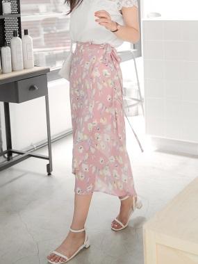 滿版浪漫花朵圖案蝴蝶結綁帶一片式雪紡長裙.2色