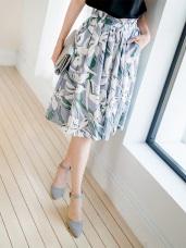 繽紛花朵圖案腰圍鬆緊打褶傘襬造型中長裙.2色