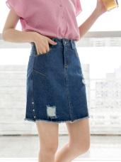 高含棉不收邊鉚釘刷破A字牛仔短裙