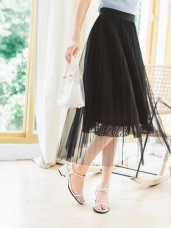 古典之美拼接蕾絲小花網紗中長裙