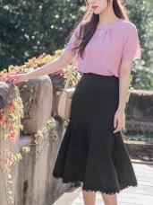 婚禮系列~下襬蕾絲雕花拼接純色魚尾裙