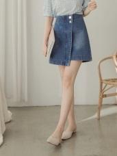 高含棉銀釦斜片設計牛仔短裙