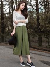 純色細緻織紋寬擺鬆緊長裙