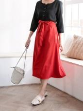 素色綁帶雙口袋中線造型A字中長裙