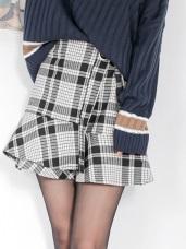 配色格紋圓環綁帶荷葉拼接裙襬短裙.2色