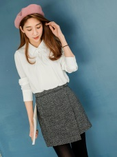 羊毛毛呢假釦環腰帶前蓋式短裙.2色