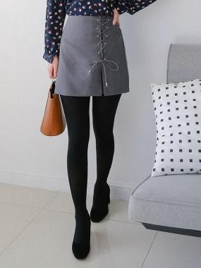 素色側襬交叉綁帶造型開衩設計短裙.2色