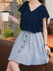 直條紋蝴蝶結抽繩綁帶排釦腰圍鬆緊兩側口袋短裙.2色