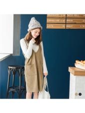 素色燈心絨質感雙肩帶設計雙口袋造型背心洋裝.2色