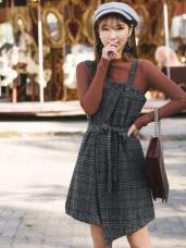 附綁帶英倫風格紋前襟釦飾細肩帶不規則下襬洋裝.2色
