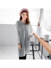 素色拼接直條紋雪紡袖裙襬開衩設計洋裝.2色