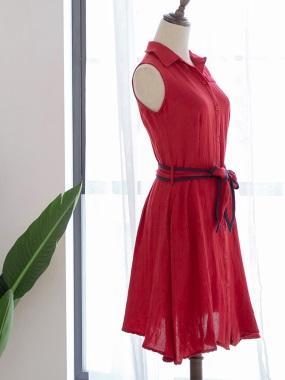配色綁帶純色柔料開釦襯衫領無袖傘襬洋裝.2色