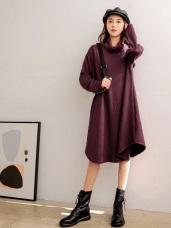 高領不規則傘襬壓紋長版上衣/洋裝