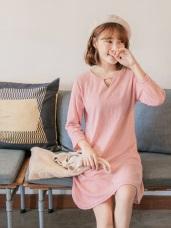台灣製造.造型領口織紋洋裝