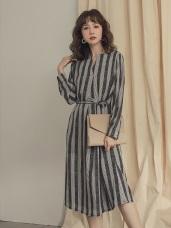 附綁帶配色條紋半開襟洋裝