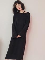 純色仿針織露單肩寬鬆洋裝