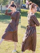 高含棉配色格紋排釦綁帶長洋裝