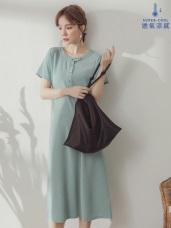 涼爽垂墜感排釦短袖純色洋裝
