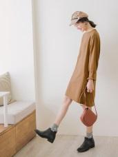 純色圓領剪接設計荷葉袖寬鬆洋裝/長版上衣