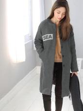 字母貼布素面毛呢內層加厚長版立領外套.2色