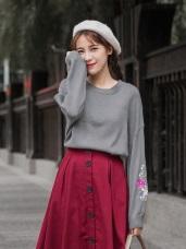 橫須賀繡花袖造型針織上衣