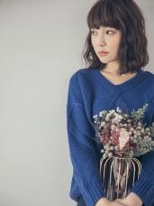 純色麻花織紋針織上衣