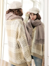 英倫藝術格紋排釦針織外套