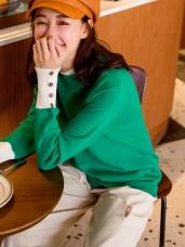包芯紗撞色袖釦針織毛衣