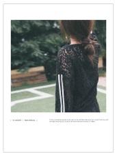 透視小性感-拼接條紋蕾絲上衣