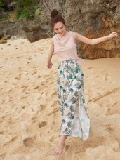 【度假穿搭】熱帶花樣綁帶開岔寬褲