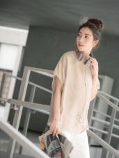 簡約飛鼠袖修身純色上衣