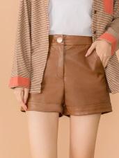 金釦顯瘦皮革短褲