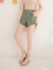 台灣製造.不易皺素面西裝短褲