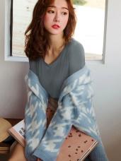 台灣製造V字領輕量內磨毛彈性保暖發熱衣