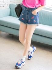 情侶系列~花朵刺繡下擺抽鬚高含棉牛仔短褲