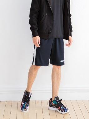 台灣品質.世界同布~條紋拼接夜跑反光字母運動短褲
