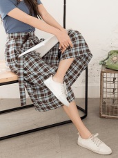 羅小白~高含棉附字母刺繡腰帶配色格紋寬褲
