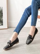 台灣製造~耐磨仿皮革綁結休閒鞋