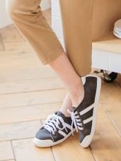 台灣製造~人造皮革線條設計休閒運動鞋