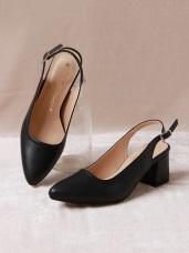 台灣製造~金屬釦繫帶尖頭仿皮革跟鞋