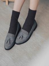 台灣製造~格紋流蘇綴飾低跟樂福鞋
