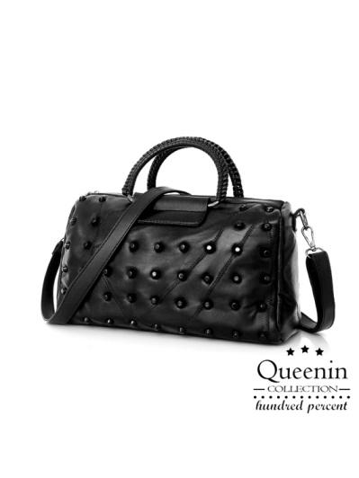 DF Queenin- 黑時尚仿羊皮柔軟質感手提斜背2WAY包-共2款