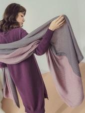雙色壓褶圍巾