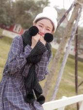 溫暖俏麗毛球針織圍巾