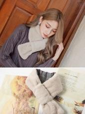 保暖毛絨絨內格紋圍脖圍巾